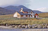 Thrail House: Sleeps 8. Dogs by arrangement
