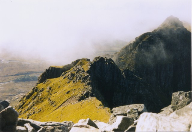 Approaching the pinnacles